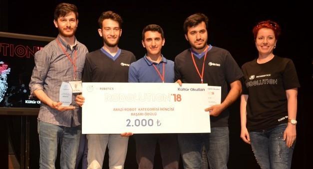 Robot Yarışmaları-Mekatronik Mühendisliği Kulübümüzün Başarıları